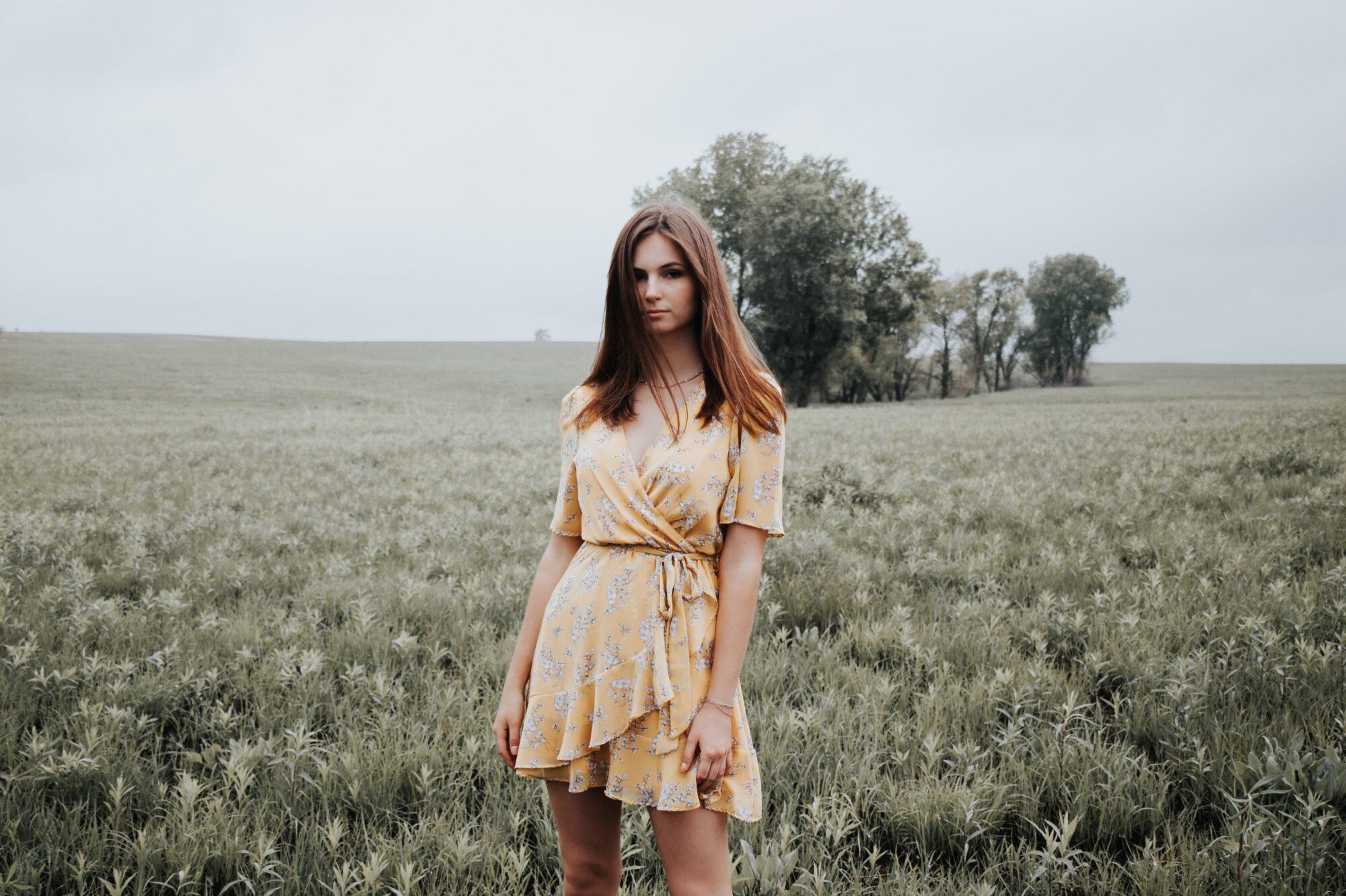 Pieces kjole – kombinér det feminine med cool
