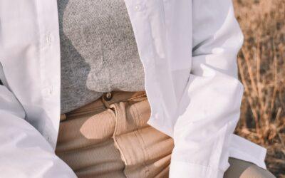Køb et par unikke beige bukser